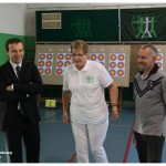 Eliane DRUT présente le tir à l'arc à Fabien DI FILIPPO (Ville de Sbg) et Philippe REINHARDT (Partenaire)